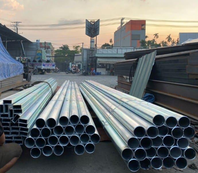 1 cây thép ống dài bao nhiêu