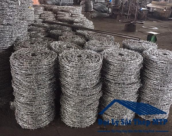 Dây thép gai cuộn chủ yếu được sử dụng trong lĩnh vực dân dụng.