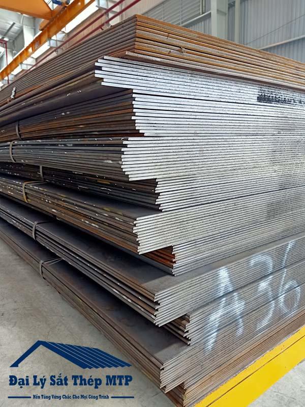 Thép tấm đóng tàu là loại thép siêu bền, chịu lực cao chuyên dùng cho ngành hàng hải.
