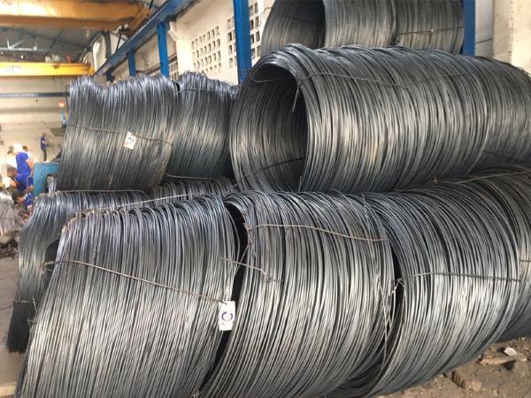 Hãy cùng đại lý sắt thép MTP so sánh thép Pomina và thép Việt Nhật