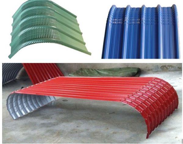 Có hai loại tôn mái vòm chính: mái lăn và mái dập