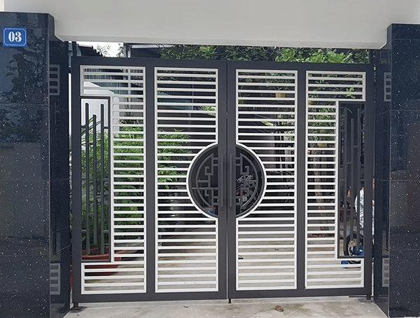 Những mẫu cửa sắt 4 cánh chưa thực sự phổ biến ở Việt Nam