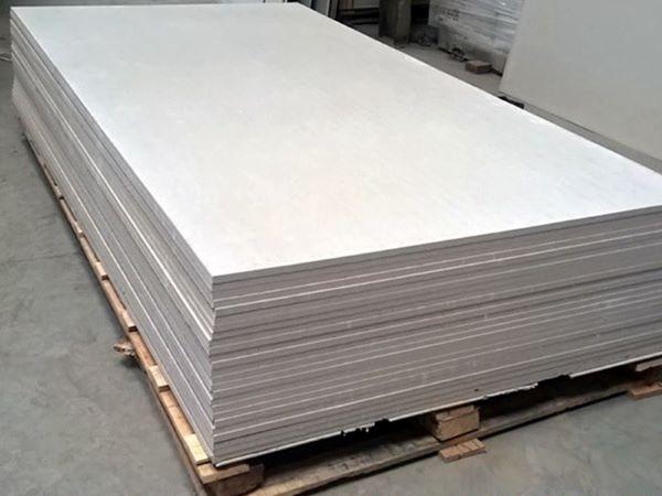 Những tấm xi măng HLC Smartboard đang rất được khách hàng trong nước ưa chuộng